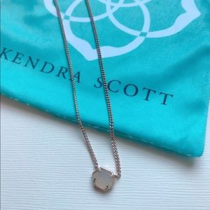 Kendra Scott Rose Gold Necklace Shimmering Stone